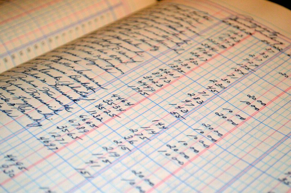 foto 1 6 1024x680 - Tipos de interés: la TAE en el seguro - networking coworking emprededores empresarios